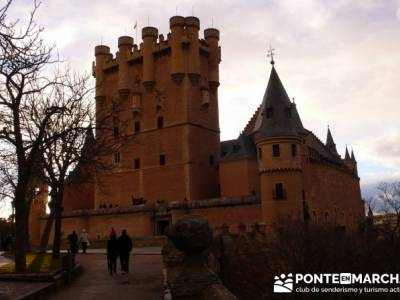 Destilería DYC y Ciudad de Segovia;parque natural fuentes carrionas;licencia federativa